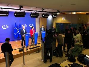 Presskonferens m Eric Holder
