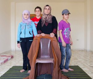 Flyktingar från krigets Syrien i september 2013. Foto: E. Dorfman/UNHCR